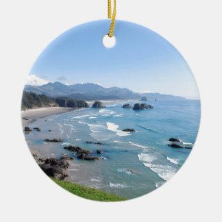 オレゴンの海岸 陶器製丸型オーナメント