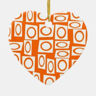 オレンジおよび白いおもしろいの円の正方形パターン セラミックオーナメント
