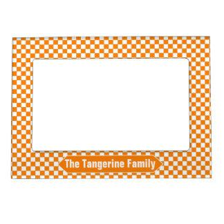 オレンジおよび白いチェック模様のカスタムな写真 マグネットフレーム