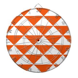 オレンジおよび白い三角形 ダーツボード
