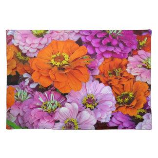 オレンジおよび紫色のダリアの花 ランチョンマット