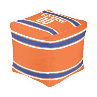 オレンジおよび青の名前入りなスポーツジャージー プーフ