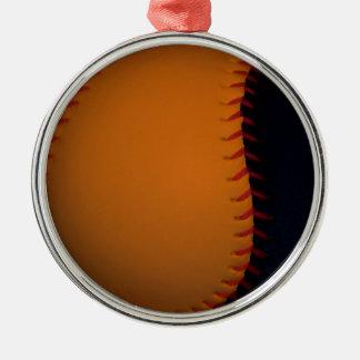 オレンジおよび黒い野球/ソフトボール シルバーカラー丸型オーナメント