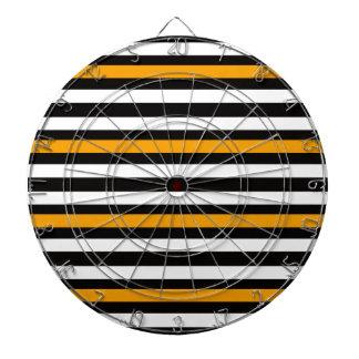 オレンジとの横の黒 ダーツボード