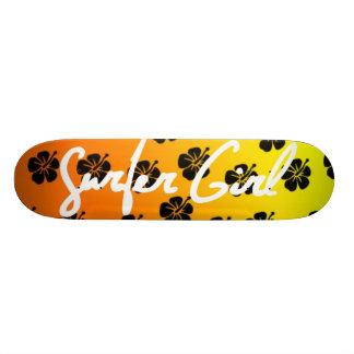 オレンジのサーファーの女の子のスケートボード 21.6CM オールドスクールスケートボードデッキ