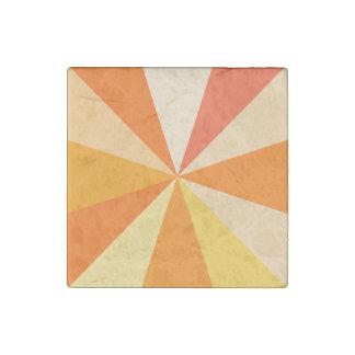 オレンジのポップアートのモダン60sファンキーで幾何学的な光線 ストーンマグネット