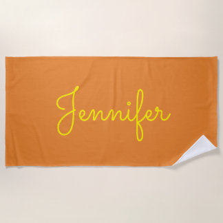 オレンジの黄色い原稿の名前入りな名前 ビーチタオル