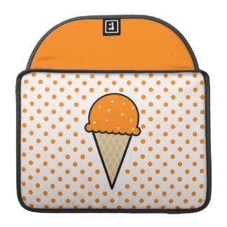 オレンジアイスクリームコーン MacBook PROスリーブ