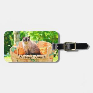 オレンジソファーのShorthair名前入りなイギリスの猫 ラゲッジタグ
