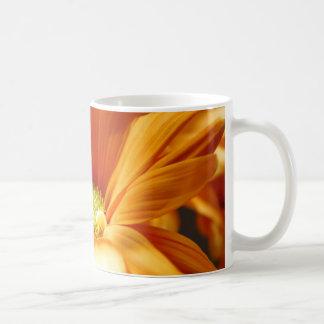 オレンジフラワーパワー コーヒーマグカップ