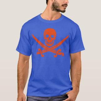 オレンジ海賊スカルおよび剣の青のTシャツ Tシャツ