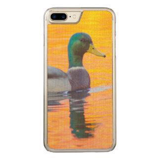 オレンジ湖、カナダのマガモのアヒル CARVED iPhone 8 PLUS/7 PLUS ケース