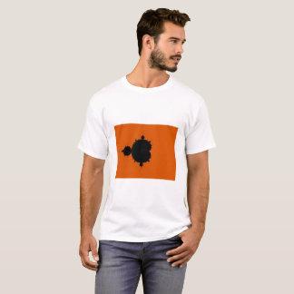 オレンジ背景のMandelbrotのフラクタルのTシャツ Tシャツ