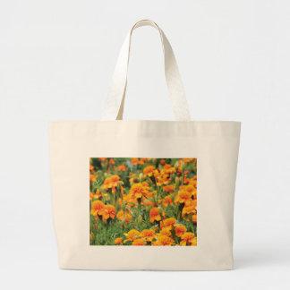 オレンジ色の破烈 ラージトートバッグ