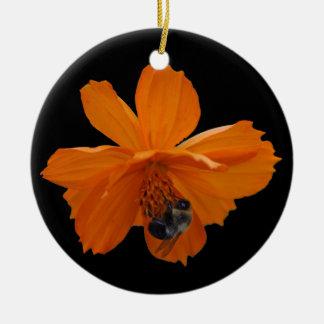 オレンジ花のクリスマスツリーのオーナメントの蜂蜜の蜂 セラミックオーナメント