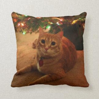 オレンジ虎猫のクリスマスの枕 クッション
