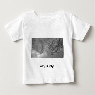 オレンジ虎猫猫または黒く及び白い写真 ベビーTシャツ