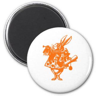 オレンジ赤の白いウサギ マグネット