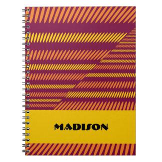 オレンジ赤の黄色の斜めのアフリカの民族のノート ノートブック