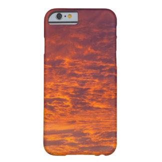 オレンジ雲の箱 BARELY THERE iPhone 6 ケース