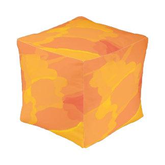 オレンジ黄色の抽象芸術のキューブパフ プーフ