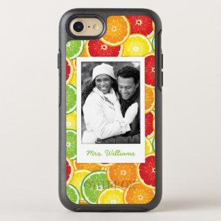 オレンジ、グレープフルーツ、ライム及びレモン|はあなたの写真を加えます オッターボックスシンメトリーiPhone 8/7 ケース