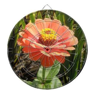 オレンジ《植物》百日草の花の投げ矢板 ダーツボード