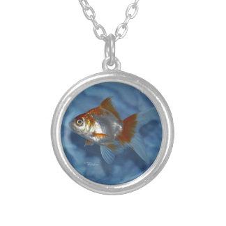 オレンジRyukinの金魚のネックレス シルバープレートネックレス