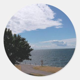 オンタリオ湖に沿う道 ラウンドシール