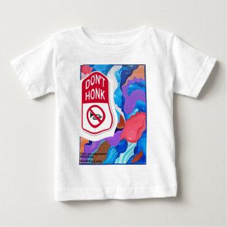 オンドリは警笛を鳴らしません ベビーTシャツ