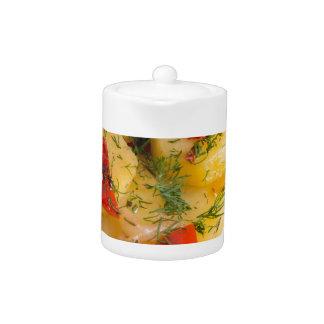 オーガニックなポテトの菜食主義皿の平面図