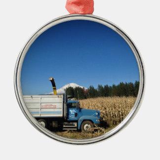オーガニックな農場の収穫 メタルオーナメント