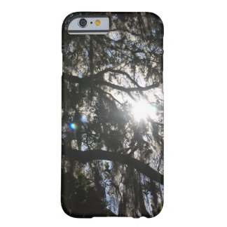 オークの木を通した日曜日 BARELY THERE iPhone 6 ケース