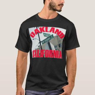 オークランド、カリフォルニア(第62 Ave、ヘイェズSt) Tシャツ