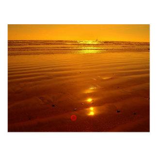 オーシャンサイド、カリフォルニアのビーチの日没 ポストカード