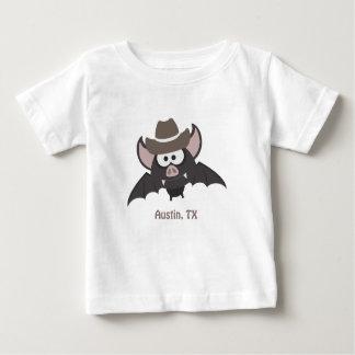 オースティンテキサス州のカウボーイのこうもり ベビーTシャツ