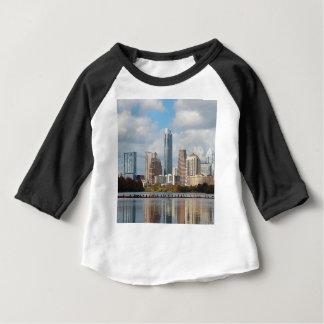 オースティンテキサス州のスカイライン ベビーTシャツ