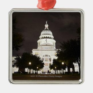 オースティン、夜のテキサス州の州の国会議事堂 メタルオーナメント