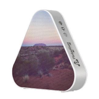 オーストラリアの赤いスピーカー ワイヤレススピーカー