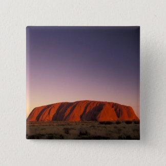 オーストラリアのUluru Kata Tjutaの国立公園、Uluru 2 5.1cm 正方形バッジ
