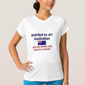 オーストラリア人に結婚した Tシャツ