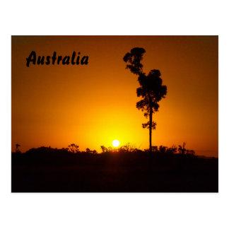 オーストラリア人の奥地に日没の郵便はがき ポストカード