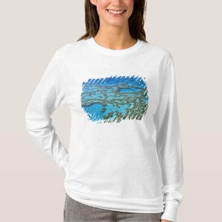 オーストラリア-クイーンズランド-グレート・バリア・リーフ。 Tシャツ