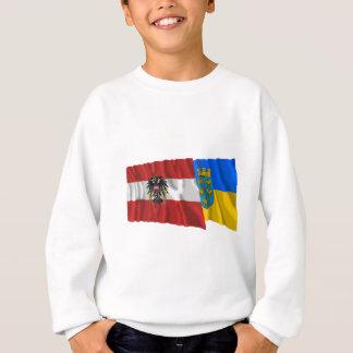 オーストリア及びNiederoesterreichの振る旗 スウェットシャツ