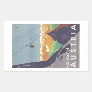 オーストリア山のヴィンテージ旅行の休日 長方形シール
