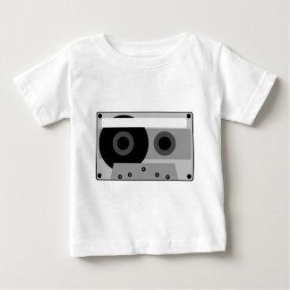 オーディオ・カセットテープのイラストレーション ベビーTシャツ