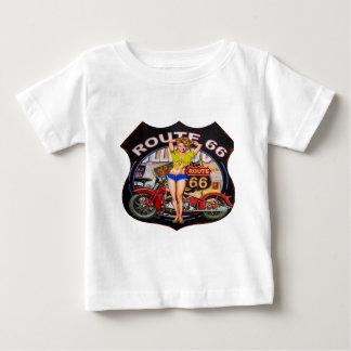 オートバイが付いているアメリカのルート66 ベビーTシャツ