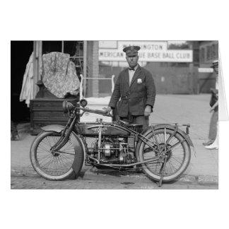 オートバイの警官1924年 カード