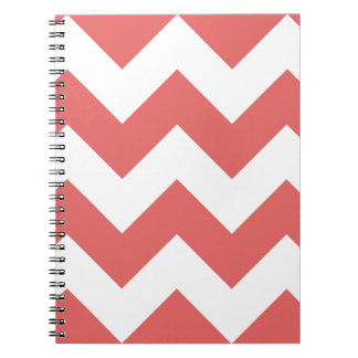 カイエンヌ赤いシェブロンのジグザグ形のメモ帳 ノートブック
