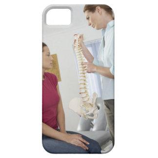 カイロプラクターおよび患者。 脊柱指圧師はあります iPhone SE/5/5s ケース